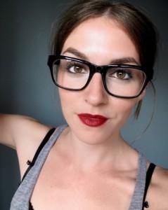 maquiagem-para-quem-usa-oculos-de-grau-5-e1353988193485